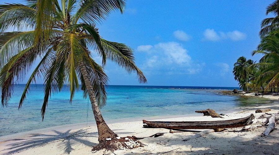 Perché Sogniamo di Andare ai Caraibi?